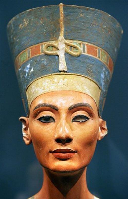 Nefertiti. Fonte da imagem AFP. Disponível em . Acesso em 02 de Outubro de 2012.