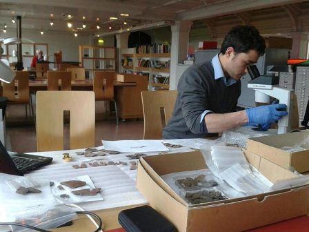 Trabalho de Arqueologia na TT184. Disponível em . Acesso em 30 de abril de 2013.