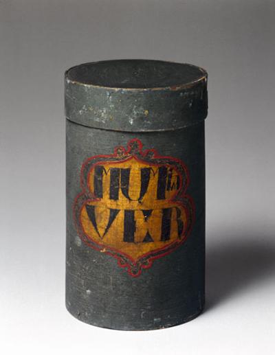 """Pote cilíndrico para armazenar """"Pó de Múmia"""", datado em cerca de 1600 até 1800. Science Museum/Science & Society Picture Library. Imagem disponível em . Acesso em 03 de janeiro de 2014."""